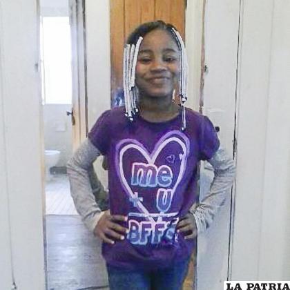 Foto sin fecha suministrada por su familia en la que está Amaria Jones de 13 años; ella falleció en el 2020 en su casa al ser alcanzada por una bala perdida /Familia Jones vía AP
