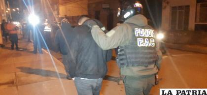 El conductor protagonista se dio a la fuga, pero fue capturado en la calle Potosí /LA PATRIA