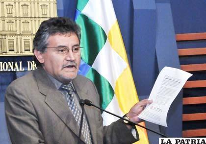 Canelas volvió a negar que se haya anunciado un gasolinazo