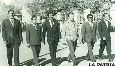 Dirigente de la AFO en 1968 el tercero de la derecha