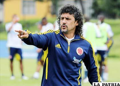 Leonel Alvarez D.T. de Colombia