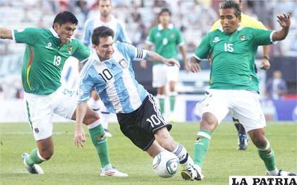 Luis Méndez y Jaime Robles a la marca de Lionel Messi