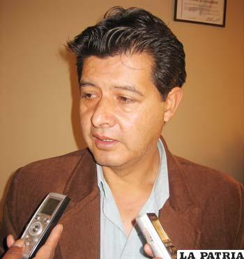 Roberto Amusquibar, director del Servicio Departamental de Salud (Sedes)