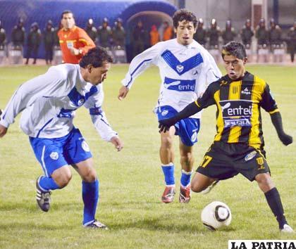 Suárez y Andrada a la marca de Solíz