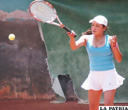 Sheila Aquino tenista orureña
