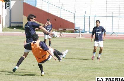 Vieira jugará en la ofensiva de San José