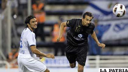 Liga de Quito fue notablemente superior a Vélez Sarsfield