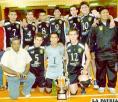 Cochabamba luce el trofeo de campeón