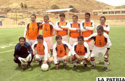 El plantel de Colquiri es buen animador del campeonato de fútbol mutual controlado por la Agremiación de ex futbolistas de nuestro medio