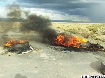 En nuestro medio es común ver en las manifestaciones sociales la quema de llantas