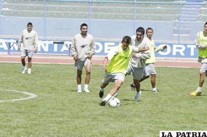 Los integrantes de San José reanudarán sus prácticas pensando ganar a Real Potosí