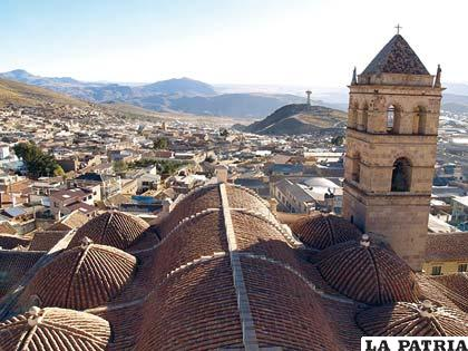 Una vista de la ciudad de Potosí desde la Casa de la Moneda