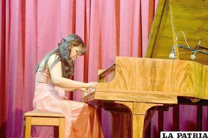 Concierto de gala demostró preparación de Verónica Lima Maldonado