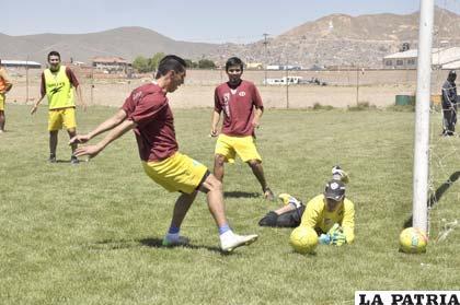 Ojeda, Prado y Lampe, jugadores de San José