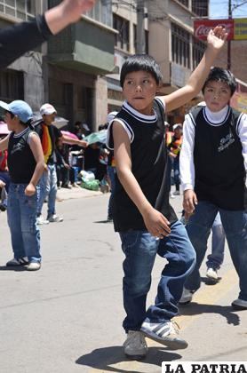 Niños del Hogar Andreoli participaron junto a los Antawaras