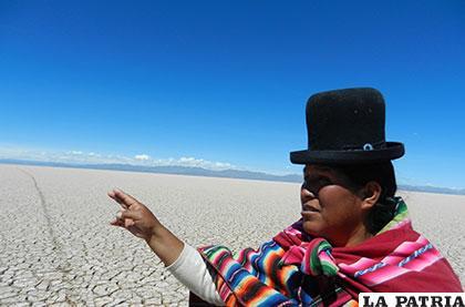 Autoridad originaria identifica una parte, ahora seca, de lo que era el lago Poopó