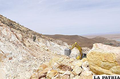 En cumplimiento de medidas vigentes la Comibol, trabajará en concesiones que se encontraban en manos de los cooperativistas mineros