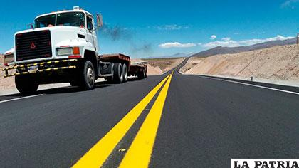 Oruro cuenta con nuevas carreteras que brindan mayor seguridad /ABC