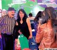 Don Enredoncio participa por segunda vez en la Feria Internacional de La Paz, en esta ocasión junto a su esposa Sandra Saavedra
