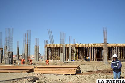 Construcción del Campo Ferial Multipropósitos concluirá en febrero de 2019 /LA PATRIA archivo
