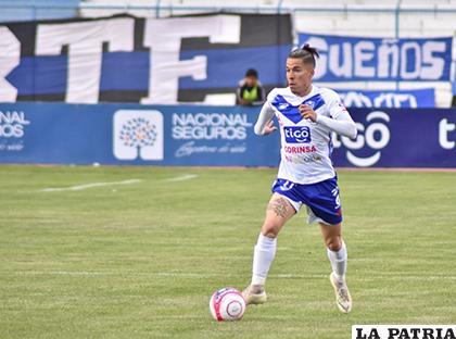 Javier Sanguinetti será titular esta tarde en el equipo