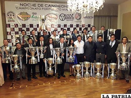 Una linda celebración en Potosí con la proclamación de campeones/ Febad