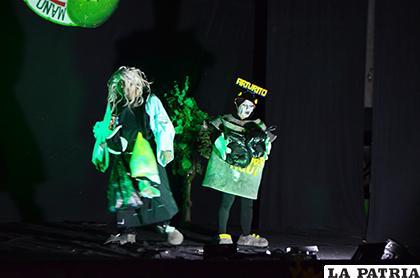 Grandiosas presentaciones en el Festival de Teatro de Comunicación / LA PATRIA
