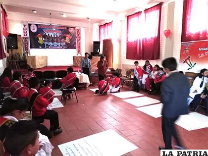 Impulsan liderazgo en los niños mediante Gobiernos Estudiantiles/LA PATRIA