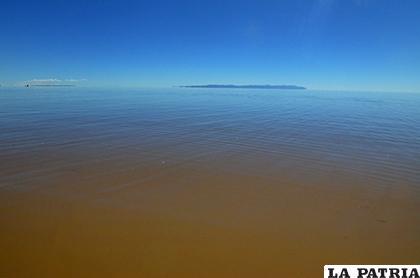 Aún no existen políticas claras para salvar el lago Poopó /LA PATRIA