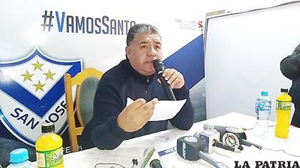 Martínez en conferencia de prensa anunció que no acepta postergar la reunión /Ovidio Cayoja /LA PATRIA