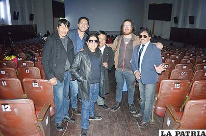 Algunos actores que llegaron a la premier de la película /Johan Romero /LA PATRIA