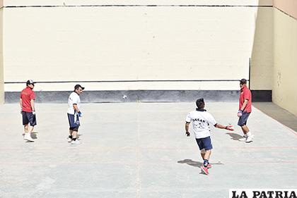 El torneo de los pelotaris nuevamente fue suspendido  /Reynaldo Bellota /LA PATRIA