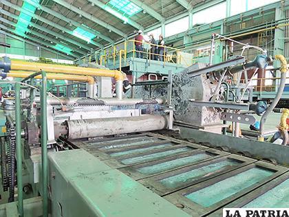 Hay que impulsar la metalurgia para lograr mayores beneficios a través de la exportación de metales con valor agregado.