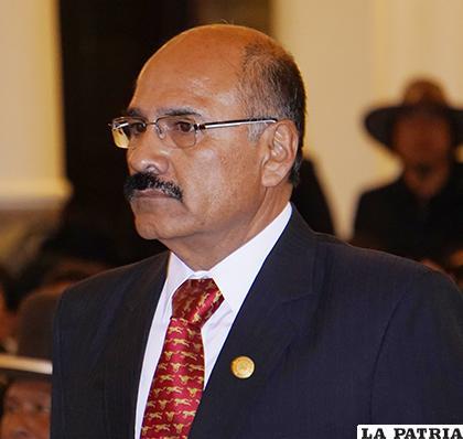 Aníbal Cruz Senzano, Ministro de Salud