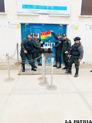 Los policías realizaron también una toma simbólica de Segip /RR.SS
