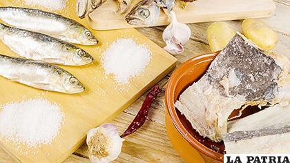 Al igual que las carnes rojas, el pescado puede ser conservado mediante diferentes métodos sin que pierda sus cualidades alimenticias