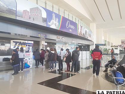 Afluencia de pasajeros incrementó en más del 100 % en el aeropuerto /LA PATRIA
