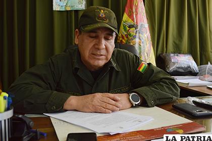 El director de la Felcc, coronel Manuel Vergara informó el caso de la víctima /LA PATRIA