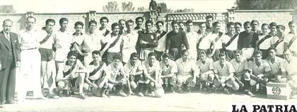 Jugadores de los seleccionados de Oruro y Tarija en 1939