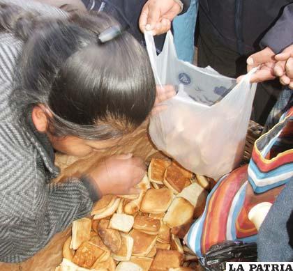 El gobierno subvencionará harina para que no suba el precio del pan /Archivo
