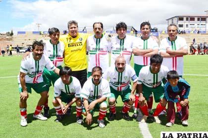 Jugadores de Litoral equipo que alcanzó el título en la categoría máster