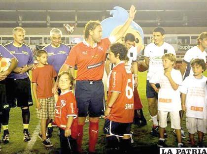 Gabriel Milito se despidió de la práctica del fútbol