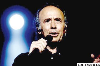 El poeta y cantautor Joan Manuel Serrat