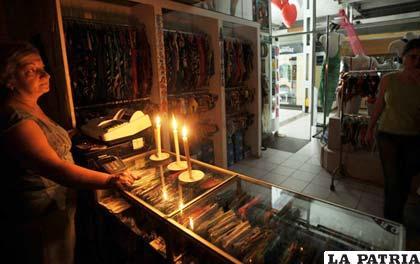 Continúan los cortes de luz en la Argentina