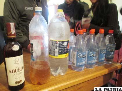 Las bebidas alcohólicas decomisadas antes de la fiesta de los internos