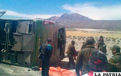 Bus siniestrado con destino a Arica