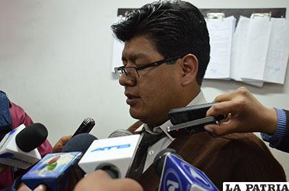 El ex fiscal Richard Zepita pidió la cárcel para el ex diputado del MAS, Benigno Quispe y le costó el cargo