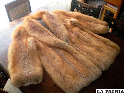 Abrigos con piel de animales