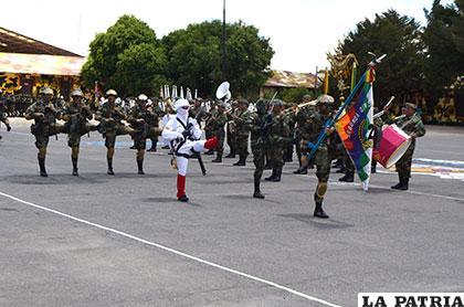 Acto de celebración de los 181 años de  la Segunda División del Ejército