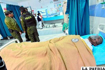 El padre de Abigaíl fue internado el viernes en la mañana en el Hospital de Clínicas /correodelsur.com
